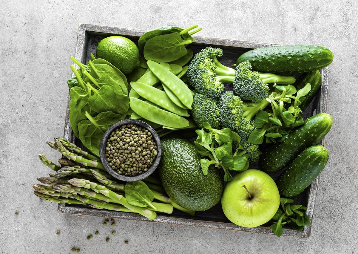 Bổ sung nhiều rau xanh giúp cải thiện triệu chứng bệnh trĩ